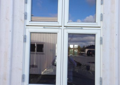 firedelt vindu på nytt hus