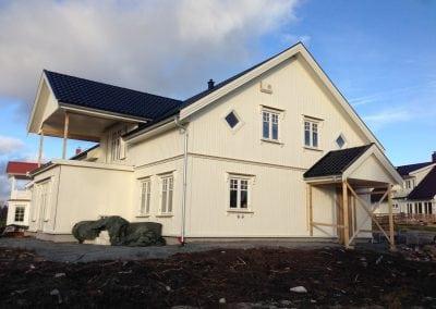 nytt bolighus med to etasjer